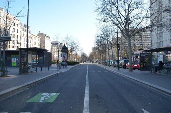 Timhotel Paris Place D'Italie: Boulevard Vincent Auriol