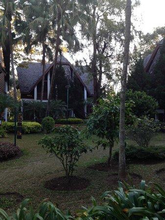 Royal Ping Garden & Resort: Beautiful garden