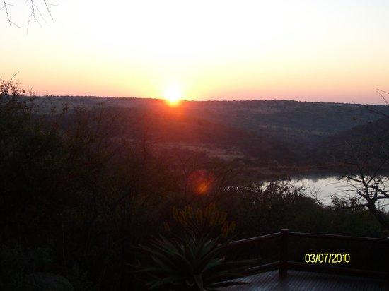 Elephant Rock Private Safari Lodge : Sunset deck view