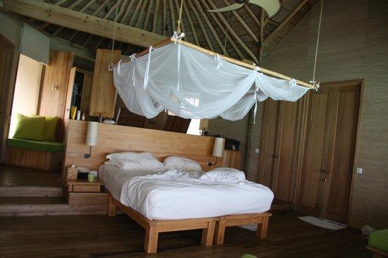 Six Senses Laamu: chambre water villa