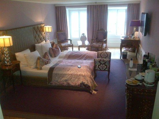 Hotel Stein: Room 304....HEAVEN....