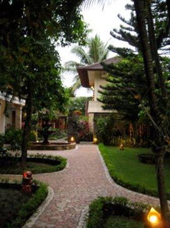 Kumala Hotel: Kumala Garden