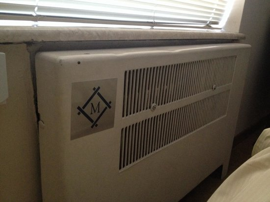 Milwaukee Athletic Club: Heating element.