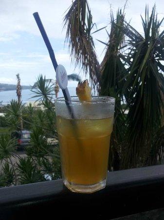 Iloha Seaview Hotel: Cockail