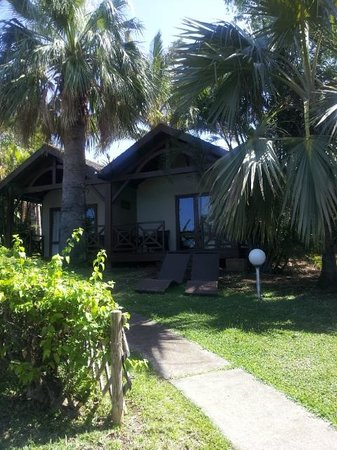 Iloha Seaview Hotel: Bungalow tropique