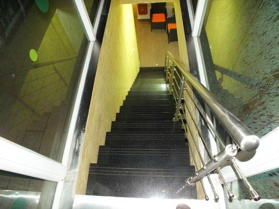 Fern Boquete Inn: The stairs