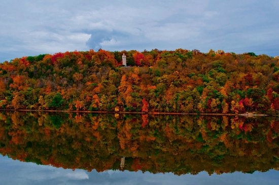 Patchwork Inn: Area Fall Colors