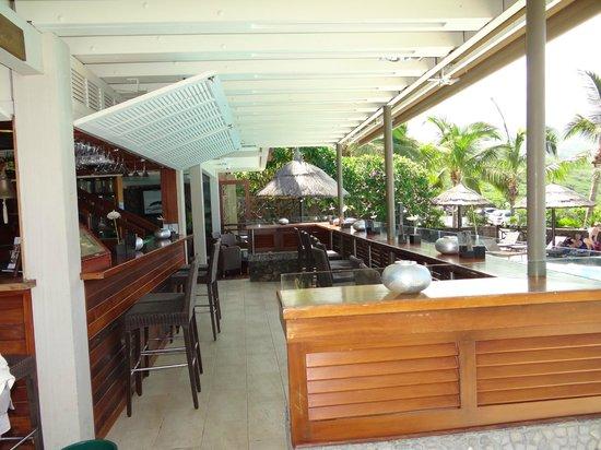 ILOHA Hotel: Bar