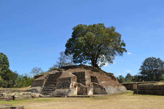 Iximche: Temple to the Sun in Plaza A