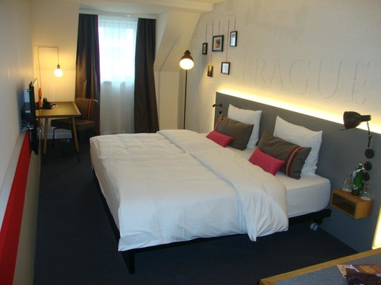 pentahotel Prague: Bedroom