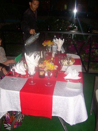 Melia Sharm Resort & Spa: Lovely evening meal