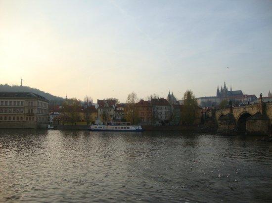 pentahotel Prague: Outdoors