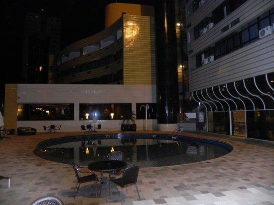 Continental Inn Hotel: Encantador e sossegado.