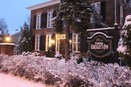 Chesley's Inn : Ontario's Oldest Inn