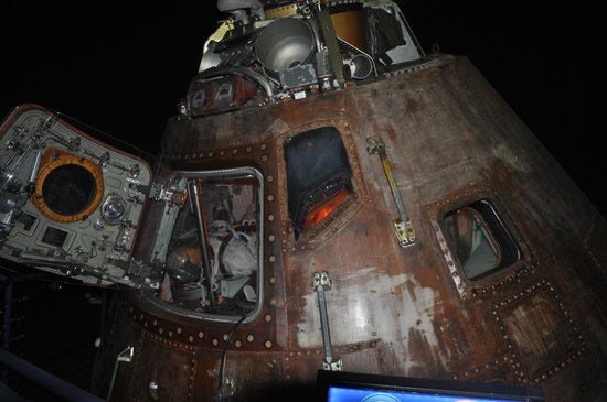 inside apollo capsule houston - photo #35