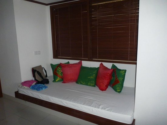 Palm Garden Amed Beach & Spa Resort: Sofa in room