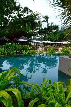 Kempinski Seychelles Resort: Swimming pool