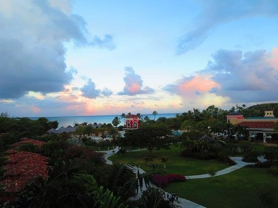 Sandals Grande Antigua Resort & Spa: view from our room, 5303