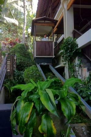 Hanging Gardens of Bali: Our funicular ride.