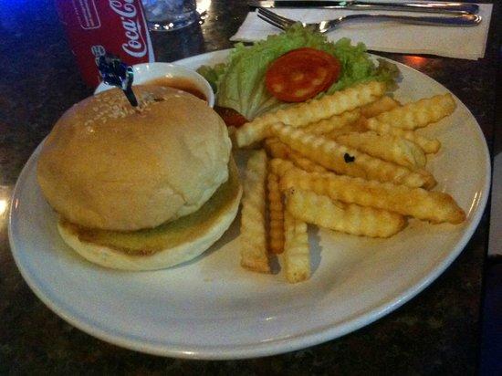 Legian Paradiso Hotel: Happy eating