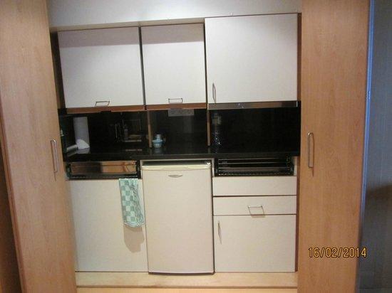Golden Residence : Küchenzeile