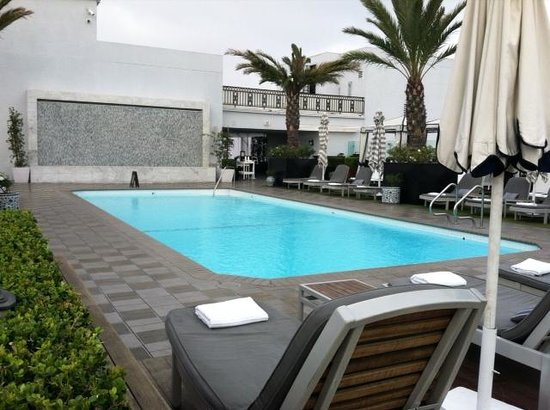 The London West Hollywood: Roof top pool and patio