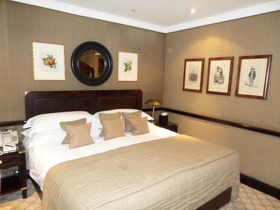 The Chesterfield Mayfair: Room