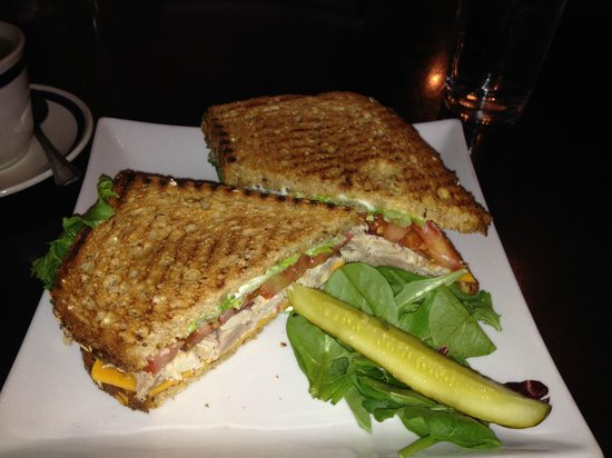 Jasmine's Foodery: Turkey Club