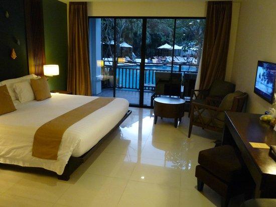 Centara Anda Dhevi Resort and Spa: Pool access