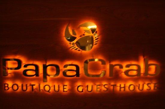 PapaCrab Boutique Guesthouse: enseigne