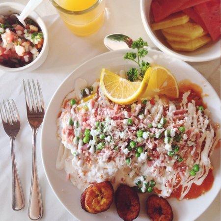 Petit Lafitte: Delicious breakfast