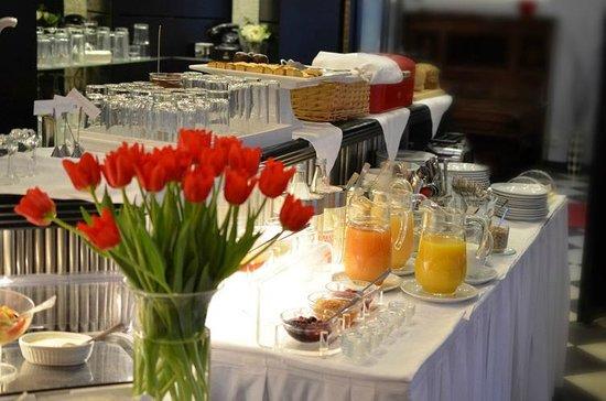 Hotel Alexander: Leckeres Frühstück