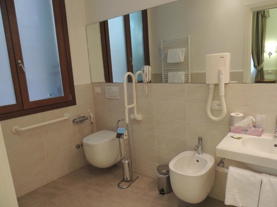 Hotel Palazzo Vitturi: Bathroom
