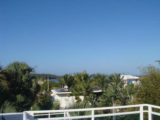 Villa Tropical Oceanfront Apartments on Shacks Beach : OB3 View in one direction from deck