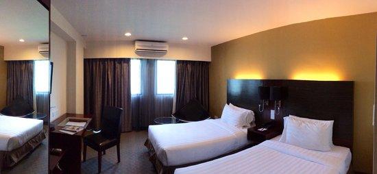 Ming Garden Hotel & Residences: Room 565
