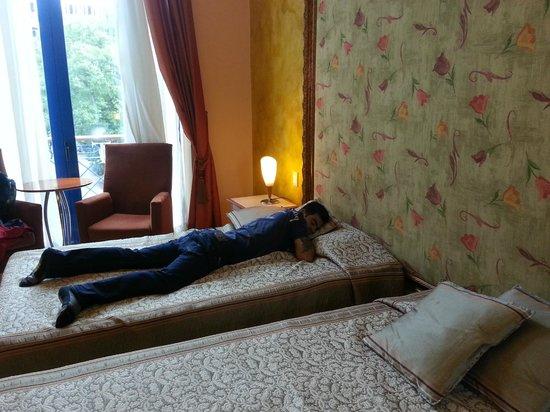 Hotel Telegrafo: Habitaciones de buen tamaño, bien dotadas, con buen gusto
