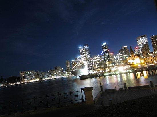 Park Hyatt Sydney: Night room from view 12
