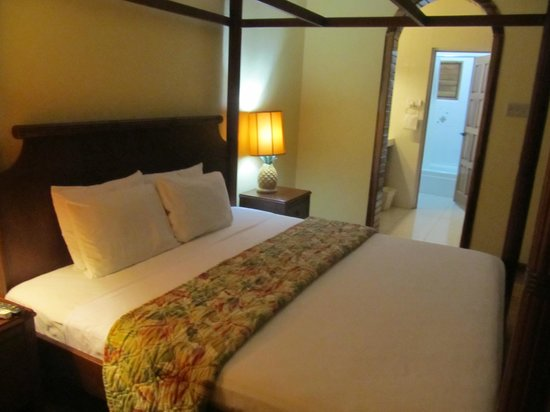 Bay View Eco Resort & Spa: comfortable bed