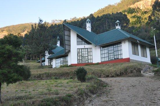 Camp Noel: a cottage