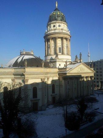 Hilton Berlin: Aussicht auf den Gendarmenmarkt