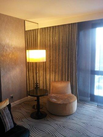 Hilton Berlin : Kleiner Wohnbereich