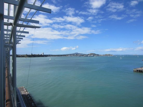 Hilton Auckland : View from room 721