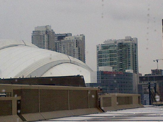 InterContinental Toronto Centre: view of Rogers Centre