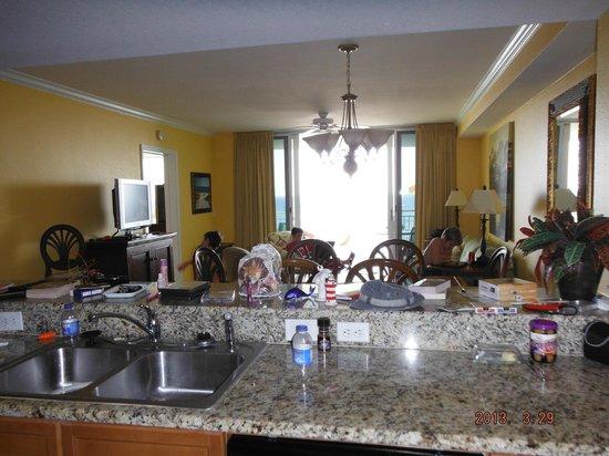 Emerald Beach Resort: living area