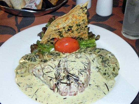 La Trattoria de Elena: Tuna in cream sauce