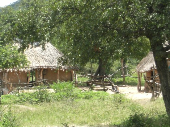 Miombo Safari Camp: View of the Rondavels