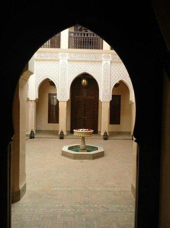 Riad Kniza: la hall