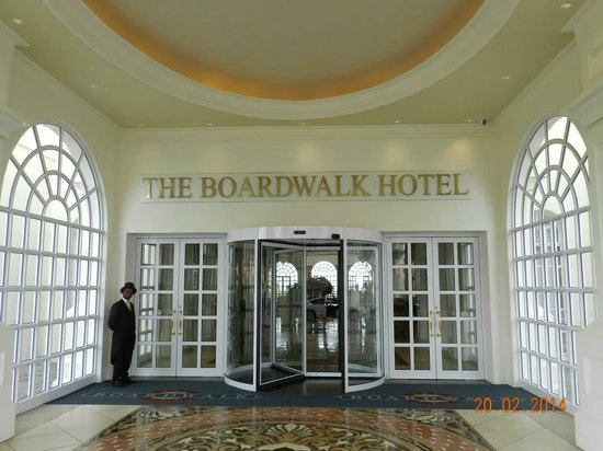 The Boardwalk Hotel: The Entrance