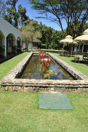 Fairmont Mount Kenya Safari Club: View near restaurant