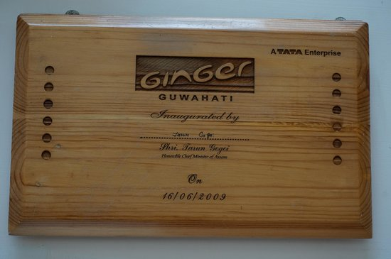 Ginger Hotel Guwahati: Plaque at reception